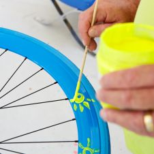 Art-Bike by Stefan Szczesny, handpainted bicycle blue, detail photo