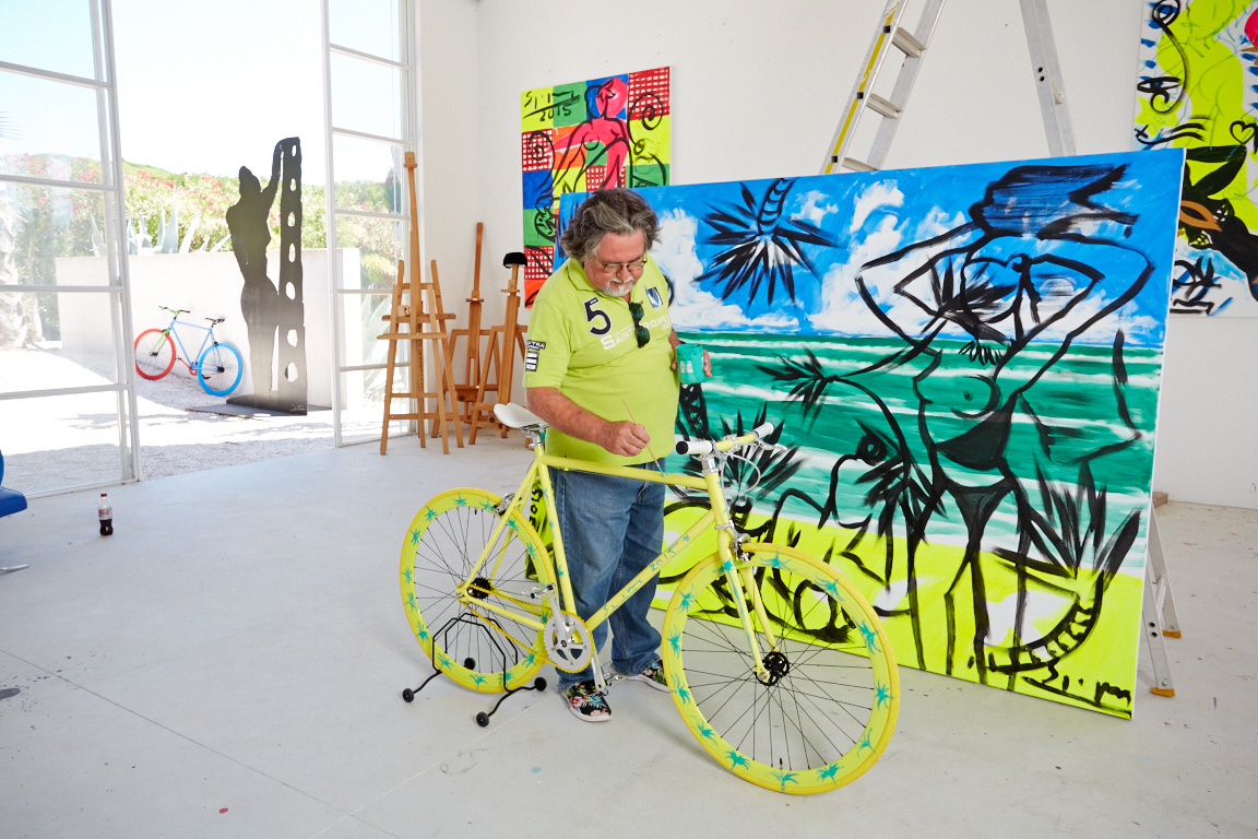 stefan szczesny object vom ankommen art bike by stefan szczesny handpainted yellow photo. Black Bedroom Furniture Sets. Home Design Ideas